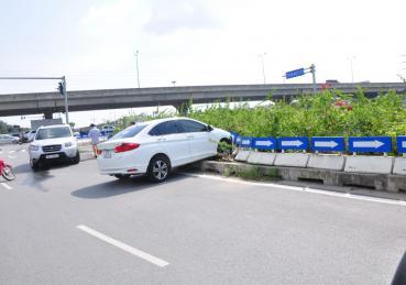 Nguyên nhân xe ô tô mất lái và cách xử lý hiệu quả