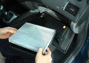 Tại sao điều hòa xe ô tô không mát? Nguyên nhân và cách khắc phục